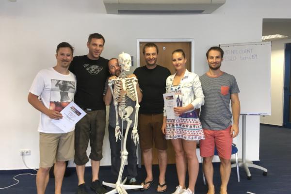 Vzdělávání ve fyzioterapeutickém centru Kinisi, Praha 9 - Kurz v Bratislavě zaměřený na viscerovertebrální vztahy